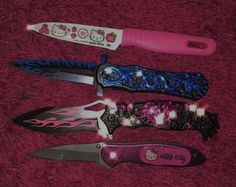Knife Aesthetic, Aesthetic Gif, Aesthetic Pictures, Pretty Knives, Cool Knives, Swords And Daggers, Knives And Swords, Armas Ninja, Minions