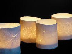 - D O S O M E T H I N G A M A Z I N G - workshop keramiek bij SUMUS - Mechelen : porselein - theelichtjes Website, Workshop, Table Lamp, Candles, Paper, Creative, Home Decor, Atelier, Table Lamps
