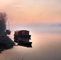 Prenez le temps d'arpenter la Loire, classée au Patrimoine Mondial de l'UNESCO, et ses cépages.