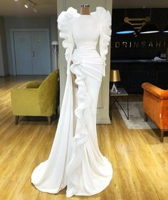 Find the perfect gown with Pageant Planet! Browse all of our beautiful prom and pageant gowns in our dress gallery. There's something for everyone, we even have plus size gowns! White Evening Gowns, Long Sleeve Evening Dresses, Prom Dresses Long With Sleeves, Mermaid Evening Dresses, Formal Dresses, Wedding Dresses, Lace Wedding, Bridesmaid Gowns, Trajes Drag Queen
