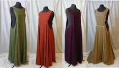 This made-to-order Medieval sideless surcote is perfect for your peasant look at Renaissance and Medieval fairs, re-enactments, fancy dress,