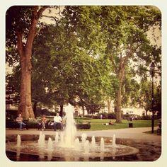 Russell Square, London 2011.09.02  BEAUTIFUL!