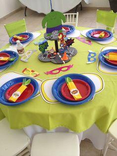Decoración de mesa y centros Avengers bebes - Visit to grab an amazing super hero shirt now on sale
