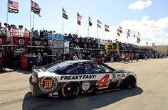 Ford EcoBoost 400 at Homestead Miami Speedway: Kevin Harvick wins pole