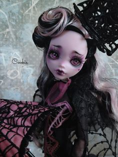 Екатерина Havres — OOAK Monster High Draculaura Collector Doll by...