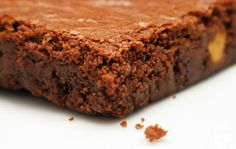 Confira essa receita super prática de brownie! Leva só 4 minutos e poucos ingredientes. #brownie #receitapratica #crafccino