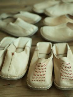 Ballet Shoes, Shoes Sandals, Dance Shoes, Fashion Wear, Fashion Bags, Tribal Shoes, Funky Shoes, Knitted Bags, Comfortable Shoes