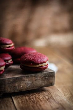 Adventures in Cooking: Red Velvet Salted Caramel Whoopie Pies Yummy Treats, Delicious Desserts, Sweet Treats, Dessert Recipes, Red Velvet Whoopie Pies, Caramel, Red Velvet Recipes, Sweet Tooth, Favorite Recipes