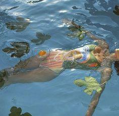 @dea_ly photographed by Louise Chalatashvili. Styled by Etuna Machavariani. // #etunamachavariani #photography #swimsuit #louisechalatashvili #water #swimmingpool #leaves #perlesetparoles