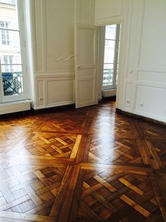 PARQUET VERSAILLES Flooring, Entry Foyer, House Design, Victorian Homes, Hayden Homes, Versailles, Living Room Flooring, Restaurant Flooring, Floor Design