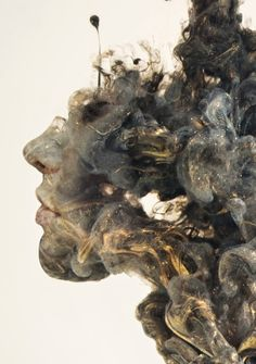 Surreal Double Exposures of Faces Blended Into Plumes of Ink in Water - Photoshop inspiration Water Sculpture, Exposition Photo, Kunst Online, Ink In Water, Arte Obscura, South African Artists, Surrealism Painting, Montage Photo, Double Exposure