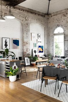 Colorful house: A loft from which to never leave