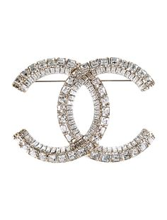 I need this. I'm Chanel obsessed it's my favorite designer brand ever. They have a lot of cute products but they are really expensive. If I was a billionaire my closet would be full of things from Chanel.