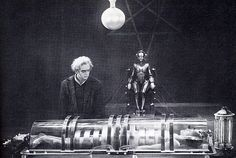 Fritz Lang's 1927 film is what started the sci-fi genre, but what state-of-the-art techniques did they use to create 'Metropolis'? Metropolis Fritz Lang, Metropolis 1927, The Man From Earth, Fritz Lang Film, Sci Fi Genre, Harry Potter, Famous Monsters, Film Books, Human Art