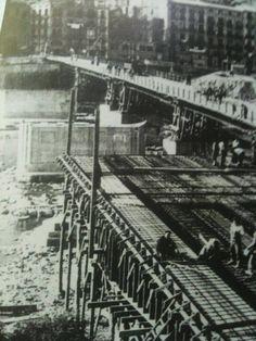Reconstrucció del nou pont,avui dit el vell,durant els primers anys 40.