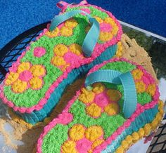 luau party flip flop cake I want this cake for my birthday!! I LOVE flip flops