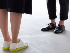 Japanese footwear designer Roderick Pieters and fashion brand Proefhave created pairs of easy-to-assemble shoes that are tied together instead of using glue (+ movie).