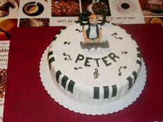 Keyboard cake ,