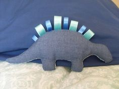 RC Handgemaak: Dinosaurus poppie - blou Dinosaur Toys, Dinosaur Stuffed Animal, Poppies, Stuff To Buy, Animals, Animales, Animaux, Poppy, Animal