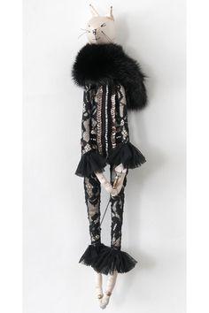 Alice Mary Lynch has designed and made a range of bespoke framed dolls for Alice Temperley. Taking inspiration from the Ballet Russe, they are handcrafted from Temperley fabrics, vintage textiles and treasures. Each doll is framed and available for purchase from the new Temperley London flagship store in Mayfair.