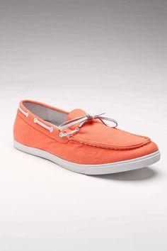 Adorable coral/orange boat shoes!