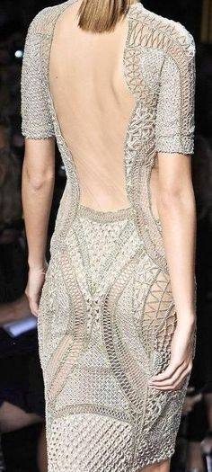 knitted fashion in details ♥✤ | KeepSmiling | BeStayBeautiful      ♪ ♪... #inspiration #diy #crochet  #knit GB  http://www.pinterest.com/gigibrazil/boards/