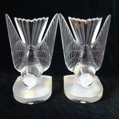 Lovely New in Box Lalique Crystal Pair of Deux Hirondelle Swallow Bird Bookends