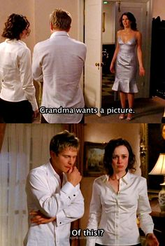 Gilmore Girls --- HAHA love this scene. so awkward! Best Tv Shows, Best Shows Ever, Movies And Tv Shows, Favorite Tv Shows, Estilo Rory Gilmore, Lorelai Gilmore, Rory And Logan, Team Logan, Amy Sherman Palladino