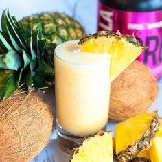 PINEAPPLE COCONUT MILK SMOOTHIE - INGREDIENTS - ▫️Quick cooking oats - 1/4 cup ▫️1 1/2 scoops SHREDZ Vanilla protein powder ▫️Chia seeds - 1-1/2 teaspoons ▫️Coconut Milk - 1 cup ▫️Greek Yogurt - 1/4 cup ▫️Pineapple chunks - 1 cup ▫️Sweetener - 2 teaspoons ▫️1 cup ice - DIRECTIONS - Put Ingredients Into Blender Blend Until Smooth Serve Immediately ENJOY‼️
