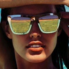 77af0c0c8 Dica de amiga: Mesmo no inverno os raios solares são agressivos, então não  deixe passar protetor solar e abuse dos óculos! Tem cada um mais lindo!