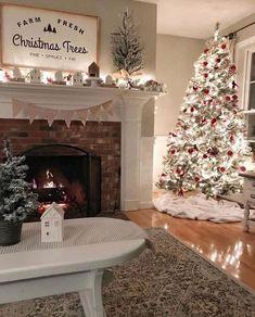 Christmas Living Rooms, Christmas Room, Cozy Christmas, Beautiful Christmas, White Christmas, Elegant Christmas, Christmas Design, Outdoor Christmas, Christmas Garden