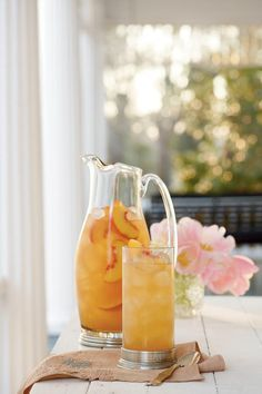 Refreshing Teas and Non-Alcoholic Sippers: Governor's Mansion Summer Peach Tea Punch
