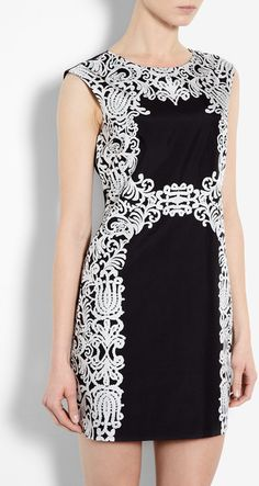Beautiful Violette Baroque Lace Print Dress
