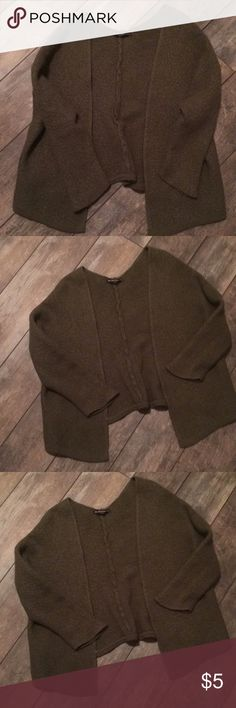 ❤️ Brandy Melville cardigan Purchased this Caroline cardigan in hopes it would fit, but will fit a XS to Sm better. I'm sure this has been shrunk so the size is such. Overall it's a very nice piece and a great olive color. Awesome price! Brandy Melville Sweaters