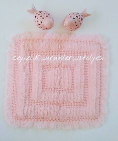 Crochet Home, Baby Knitting Patterns, Washing Clothes, Hats, Life, Couch Slipcover, Crochet House, Hat