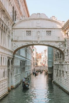 Saw the typical Venice? Want to see something more? Let's dive into secret locations in Venice!