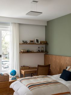 Home Decoration For Ganpati Diy Bedroom Decor For Teens, Room Ideas Bedroom, Home Bedroom, Green Bedroom Walls, Bedroom Wall Colors, Home Room Design, Home Decor Furniture, House Rooms, Room Inspiration