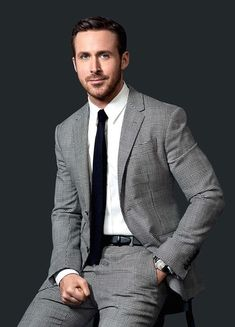 Ryan Gosling in a glen plaid suit with a crisp white shirt with a black tie. Classic and timelines combo. #ryangosling #menswear #mensfashion #suit #glenplaid #ryangoslingstyle #celebrities #celebrity #mensfashion #menstyle