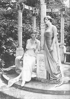 Lily Elsie and Lady Diana Manners (Cooper)