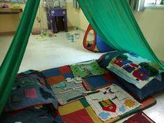 Mi Sala Amarilla: Escenarios lúdicos en el Nivel Inicial. Reggio Emilia, Ideas Para, Activities For Kids, Outdoor Blanket, Collage, Google, Montessori Math, Ideas, Mariana