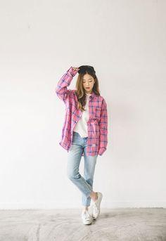 cool Korean Ulzzang Fashion by http://www.redfashiontrends.us/korean-fashion/korean-ulzzang-fashion/