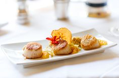 Scallops with Steel Cut Oats and Vanilla Essence and Mandarin Orange Wedges
