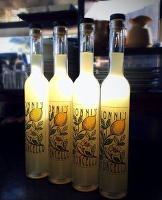 How to Make Authentic Italian Limoncello. I think this is the best Limoncello recipe. Great for Christmas presents!