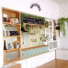 ⑬と同じ Shop Counter Design, Cafe Shop Design, Kitchen Display, Kitchen Styling, Kitchen Decor, Restaurant Interior Design, Cafe Interior, Peninsula Kitchen Design, Japanese Home Decor