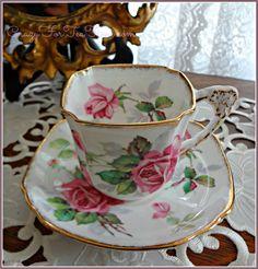 roses teacup & saucer - square design