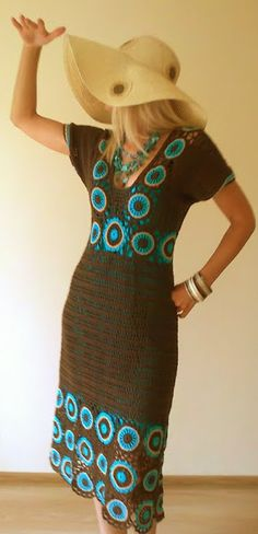 Don't usually pin crochet dresses, but just love the color and design of this one! from: http://club.osinka.ru/picture-8183894 (in russian...could translate, but looks pretty basic to figure out pattern)