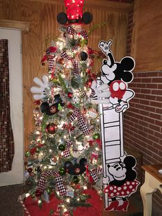 mickey and minnie mouse christmas tree mickey mouse christmas tree disney christmas decorations - Disney Themed Christmas Decorations