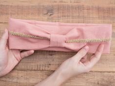 DIY tutorial: Sew a Gold Trim Headband via DaWanda.com