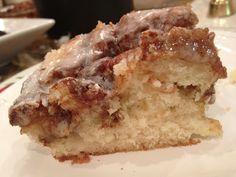 Little Magnolia Kitchen: CINNAMON ROLL CAKE