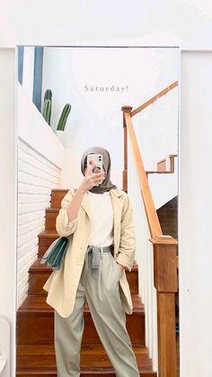 Modern Hijab Fashion, Hijab Fashion Inspiration, Muslim Fashion, Dress Like A Parisian, Casual Hijab Outfit, Ootd Hijab, Foto Instagram, Fashion Outfits, Girly Images
